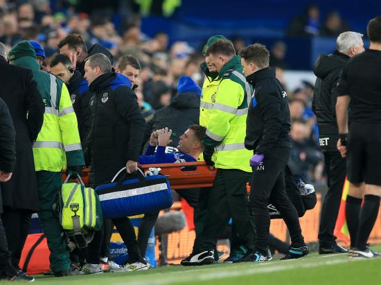 Everton's James McCarthy suffers double leg break against West Brom