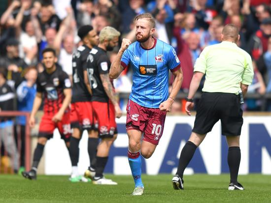 Kevin van Veen could make Northampton debut against Rochdale
