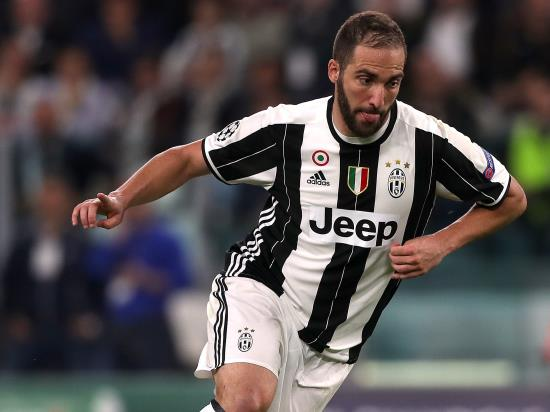 Juventus 7 - 0 US Sassuolo Calcio: Higuain nets hat-trick as Juventus put sorry Sassuolo to the sword