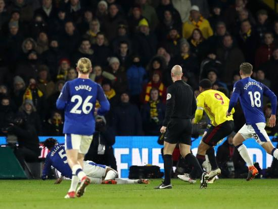 Deeney finish hands Watford victory as Everton pay for lack of adventure
