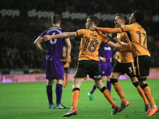Wolves back on course with comfortable win at Leeds