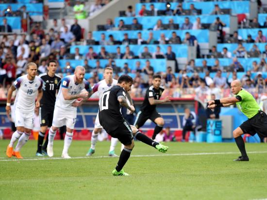 Lionel Messi misses penalty as Iceland hold Argentina to a thrilling draw