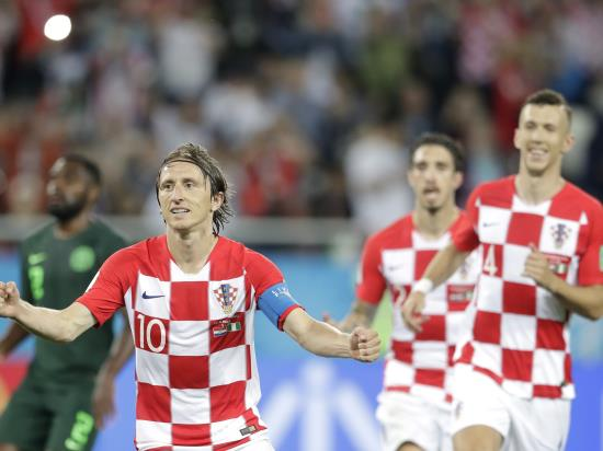 Croatia beat Nigeria to take full advantage of Argentina's slip-up