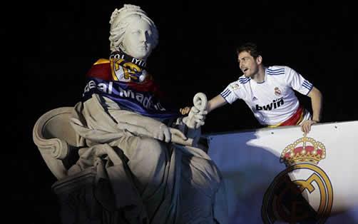 real madrid copa del rey 2011 trophy. Real Madrid#39;s Copa del Rey