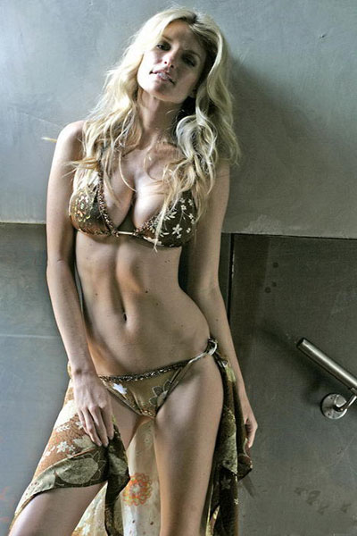 Golovin  on Sports Illustrated   Model   Marisa Miller   7m Sport