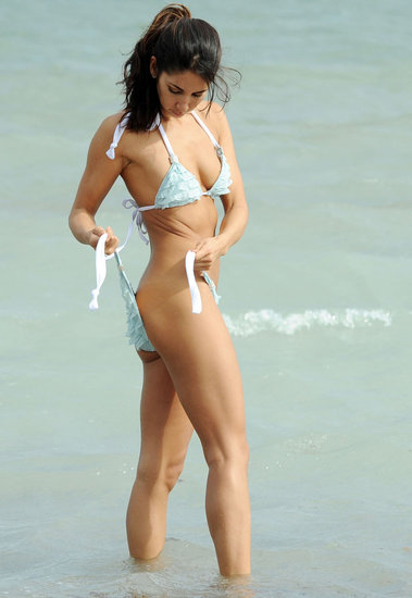 Leilani Dowding had a sexy Holiday