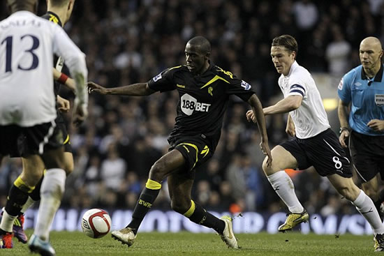 Muamba critically ill in hospital after collapse during Bolton's FA Cup tie at Spurs