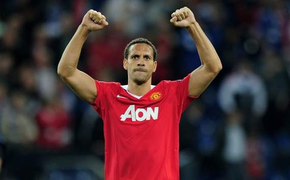 Ferdinand hails Manchester United's 'inspirational' Giggs and Scholes