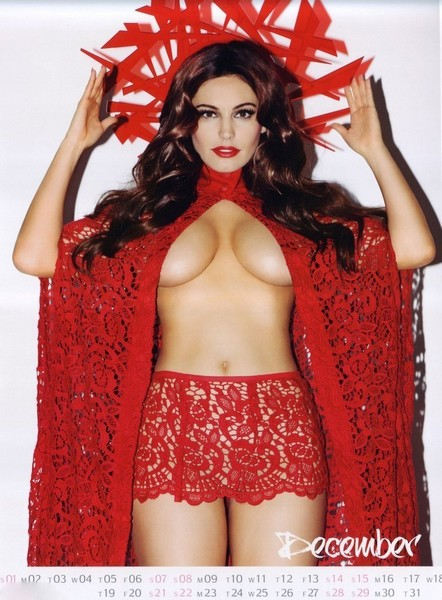 2013 Kelly Brook Photo Calendar
