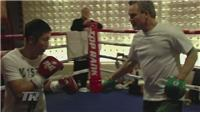 Zou Shiming begins training with Freddie Roach