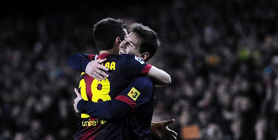 Messi and Villa lead Barca to Rayo win but Atletico Madrid beat Osasuna to keep up