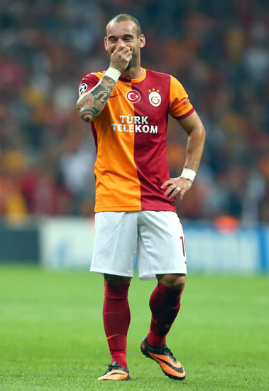 AC Milan ready to trump Chelsea and Man Utd to Dutch star Wesley Sneijder