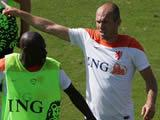 Arjen Robben annoys teammate by 'needlessly falling' during Netherlands training session