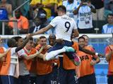 Switzerland 2 : 5 France - France find fifth gear