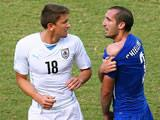 Giorgio Chiellini calls for Luis Suarez to be banned after biting incident