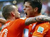 Netherlands 2 - 1 Mexico - Huntelaar hits late Holland winner