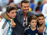 World Cup 2014 final: David Beckham spotted at the Maracana with his children all wearing Argentina shirts