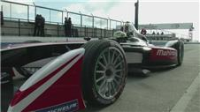 Formula Es electric cars prepare for debut