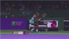 Serena beats Ivanovic in Finals opener