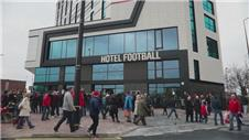 Giggs happy with hotel project