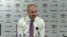 Dyche criticises referee Jones