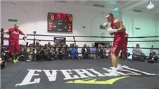 Klitschko and Jennings hold open workouts