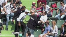 Spectator kicked out at tennis final