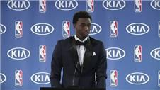 Wiggins presented as NBA Rookie of the year