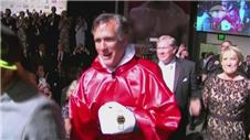 Romney and Holyfield step into ring for charity