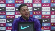 Pitch perfect? Barças Alves sings to journalists