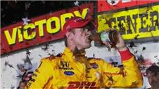 Iowa IndyCar: Hunter-Reay wins