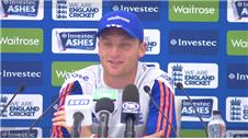 Buttler and Siddle react after Day 3 of the Ashes