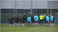 Man Citys injured players back in training