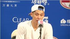 Lin already a hit as Hornets beat Clippers