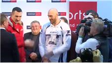 Fury 1lb heavier than Klitschko at weigh-in