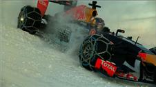 WOW! F1 star takes on snow challenge