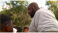 WOW! Shaq provides kids wit BIG surprise