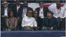 Obama watches baseball match in Cuba
