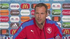 Cech discusses Rosicky loss in 'decisive' Turkey game
