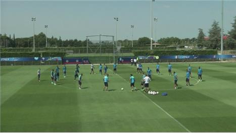 Italy train for final time ahead of Germany clash