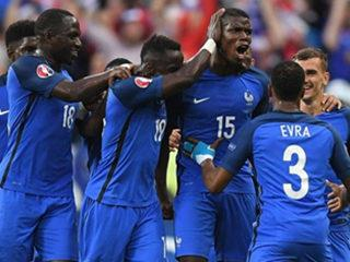 France 5 - 2 Iceland: Five-star France reach semi-finals as Iceland melt in Paris