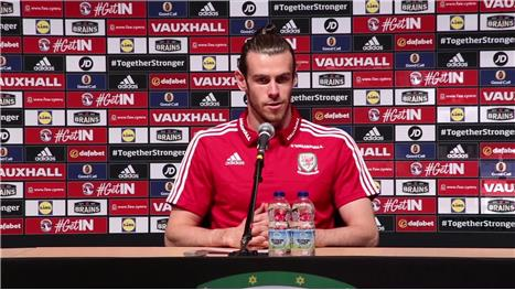 "Bale: ""No stars in our team"""