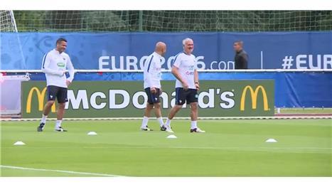 Deschamps begins preparations for Germany clash