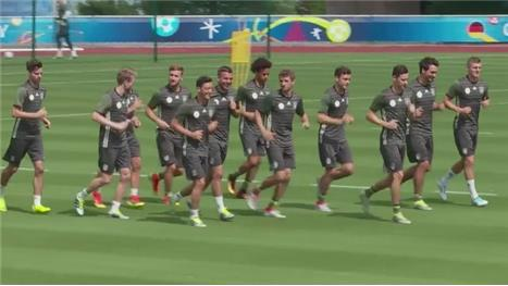 Germany prepare to face the hosts at Euro 2016