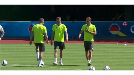 Germany train ahead of Euro 2016 semi