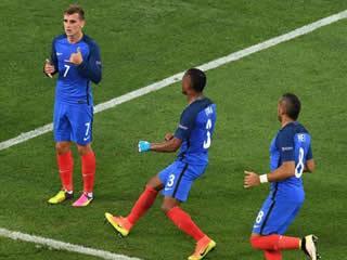 Germany 0 - 2 France: Antoine Griezmann fires hosts France to Euro 2016 final