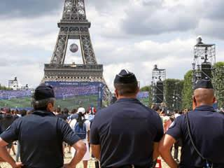 Paris to deploy 6,800 police officers for Euro 2016 final