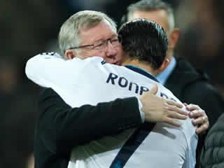 Sir Alex Ferguson celebrates Euro 2016 success with Cristiano Ronaldo