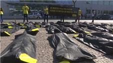 Rio locals protest at killings increase before Olympics