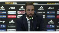 Juventuss Higuain relieved to depart Napoli owner
